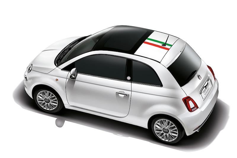 車頂的三色線條彩繪像不像正妹背上的微刺青?