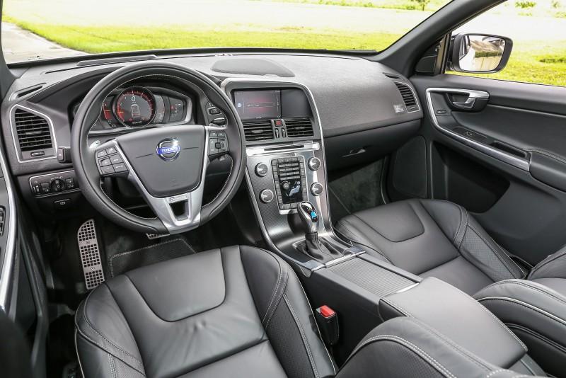 座艙設計維持原有模樣,僅針對細節部分加以妝點。