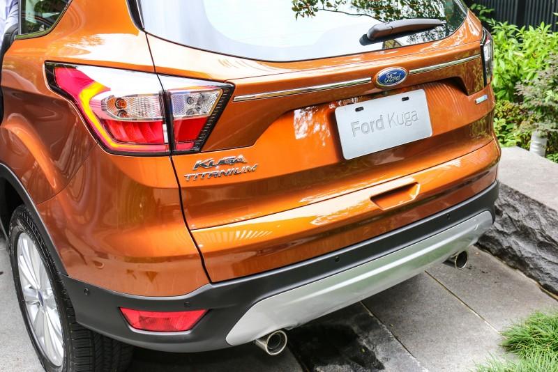 車尾改變主要為採用高亮度LED科技的新型尾燈。