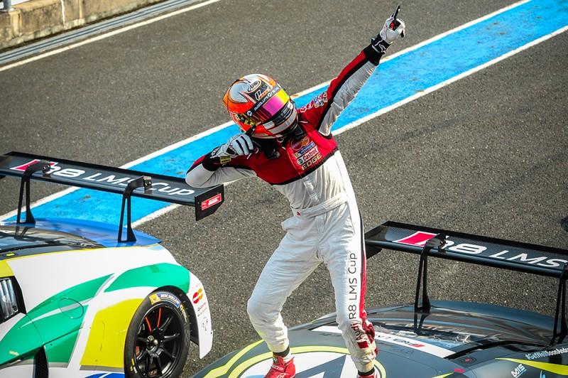 來自MGT Team by Absolute的Alessio Picariello,在2016 Audi R8 LMS Cup台灣站賽事週末同時榮登第二回合冠軍和年度車手總積分榜首,大鵬灣國際賽車場同