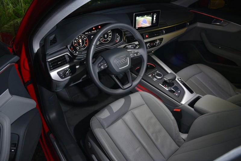 Audi A4 30 TFSI室內燈採用白色LED,直接拍攝就很有氣氛了