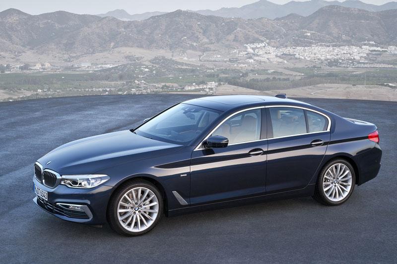 全新BMW 大5系列搭載Luxury Line風格套件。