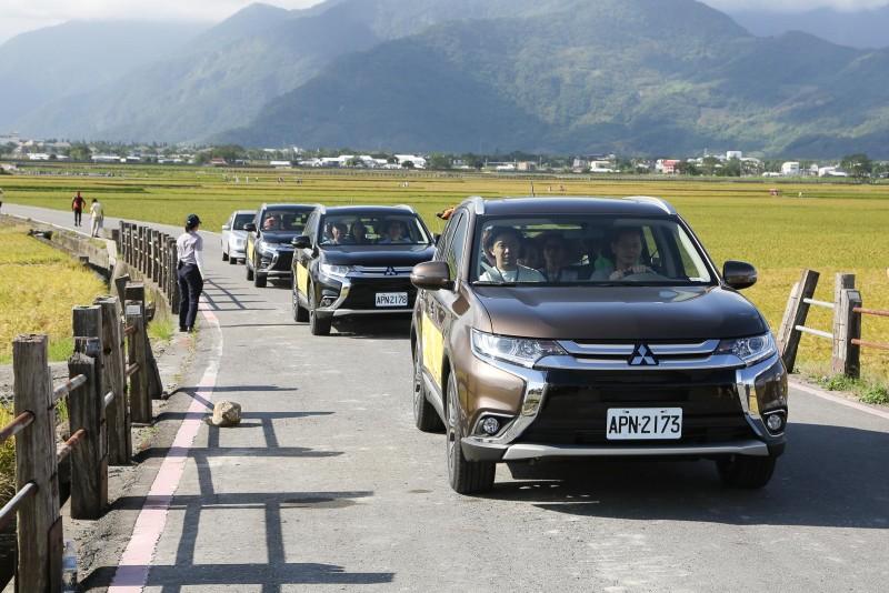 MITSUBISHI OUTLANDER獲選為「2016池上秋收稻穗藝術節」指定用車