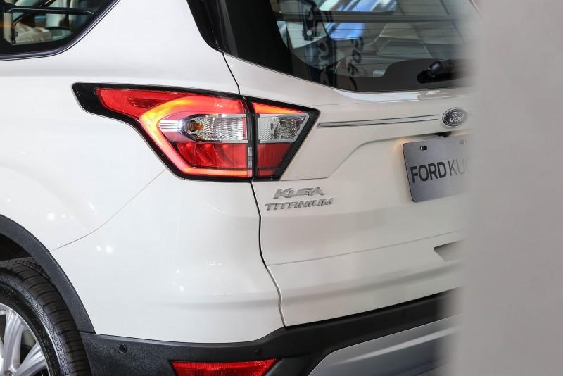 車尾則換上採用高亮度的LED新式樣尾燈。