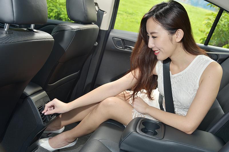 後座出風口設計,讓Honda CITY的後座與前座同等舒適。