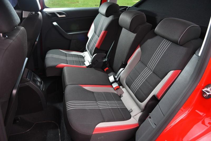 後座Varioflex系統可讓三塊座椅獨立可調前後滑移與傾斜