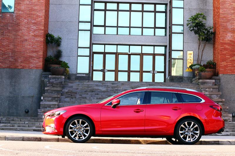 Mazda6 Wagon維持了修長流線的外型,不會過於臃腫。