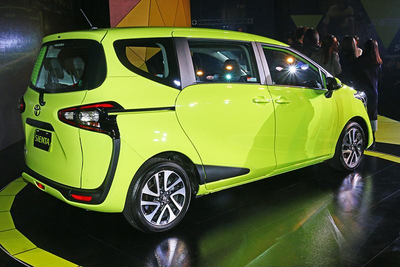 車身尺碼僅4235mm x 1695mm x 1675mm的Sienta,看起來幾乎就像是輛B Segment掀背車。