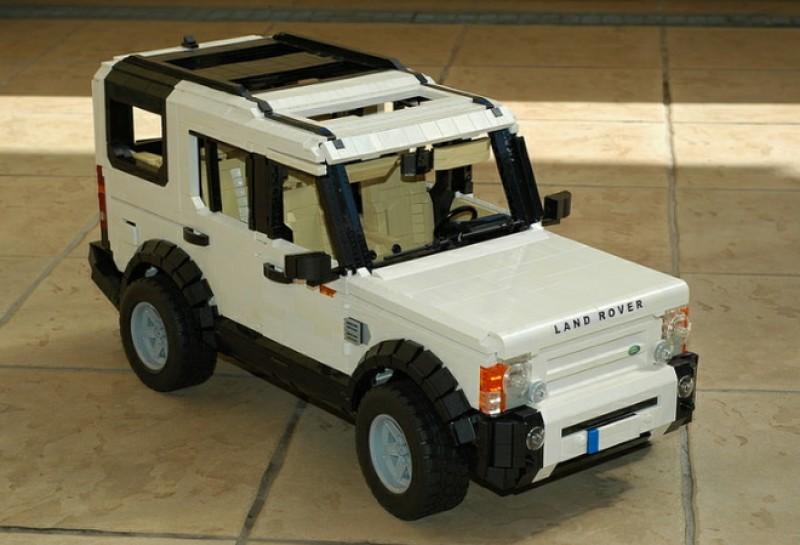 Land Rover Discovery3也在此次樂高推出的模型車清單中。
