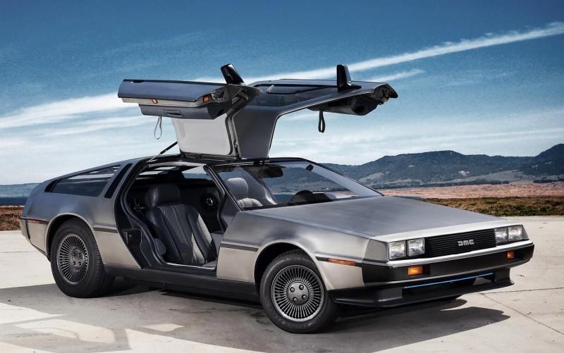 以當年時空背景來看,Deloren DMC-12確實是相當科幻的車款