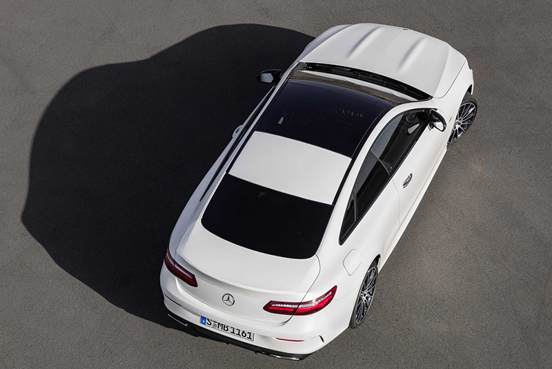 全新E-Class Coupe廠照流出,漂亮的樣貌一如想像。