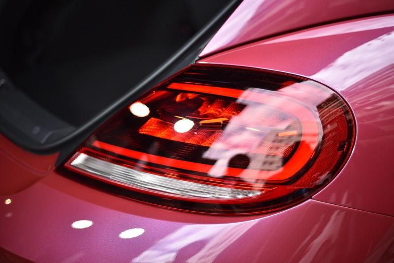 尾燈採用高亮度LED 並標配後霧燈。