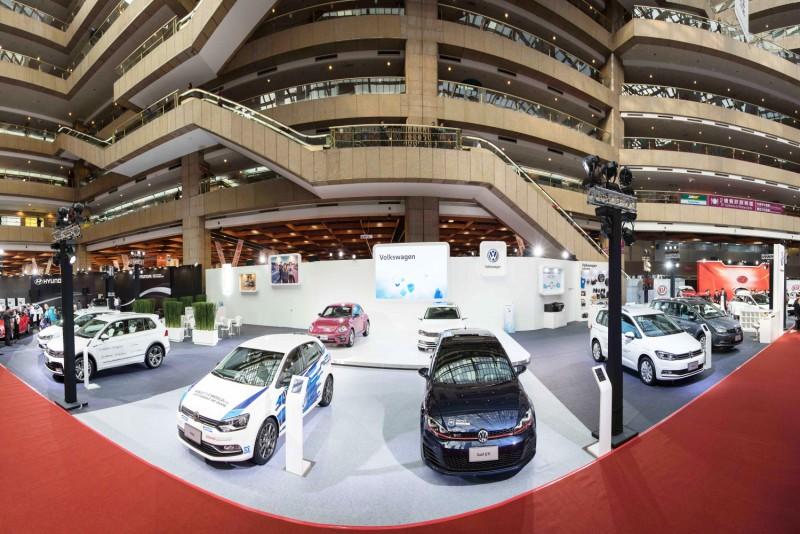 2017台北新車大展,Volkswagen展區以白色為基底打造簡約時尚風格