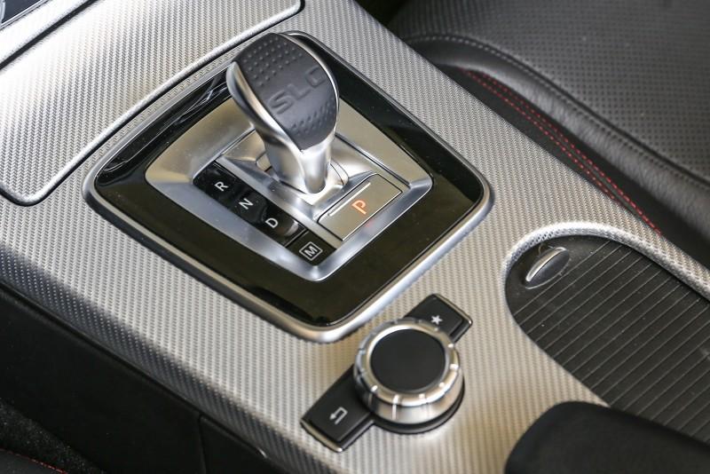 配上9速手自排變速系統,SLC 200可於6.9秒內完成0-100km/h加速過程。