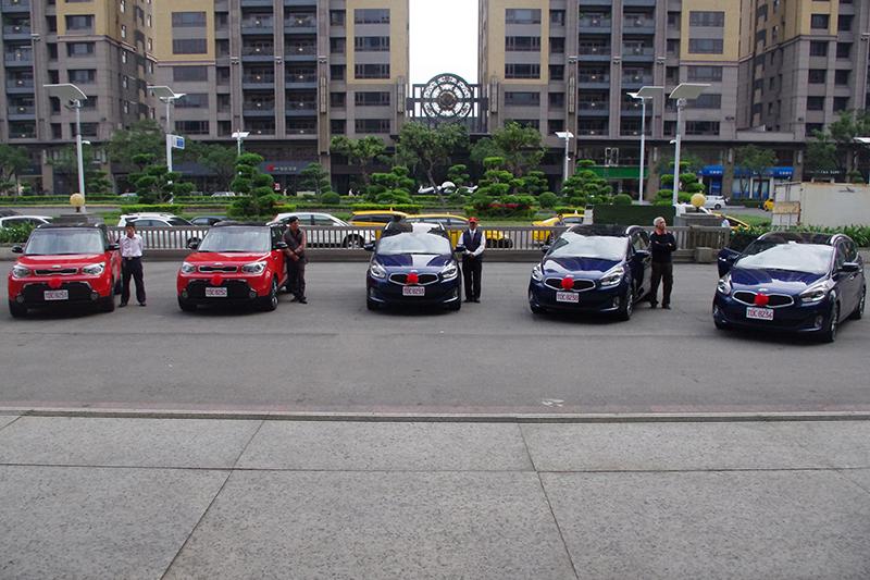 Kia車款受高雄市皇冠大車隊青睞,Carens CRDi七人座MPV車型與跨界休旅Soul將成為全台第一批多元計程車。
