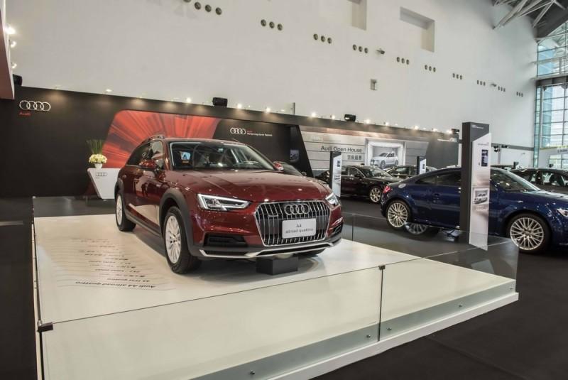 甫於台北首度現身的四環跨界新成員 The new Audi A4 allroad quattro 45 TFSI 也移駕至高雄車展現場,與南台灣的車迷朋友見面,嶄露自由不受拘束的迷人風采。