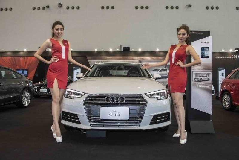 台灣奧迪於車展期間同步推出Audi 【Open House 空前盛惠專案】,即日起至農曆年前入主Audi 全車系(以領牌日期為主),即可享有80至200萬搭配36至60期0%零利率及免費獲贈一年乙式險,敬邀所有喜愛奧迪的車迷朋友們蒞臨Audi專屬展區,把握絕佳賞車及購車時機。