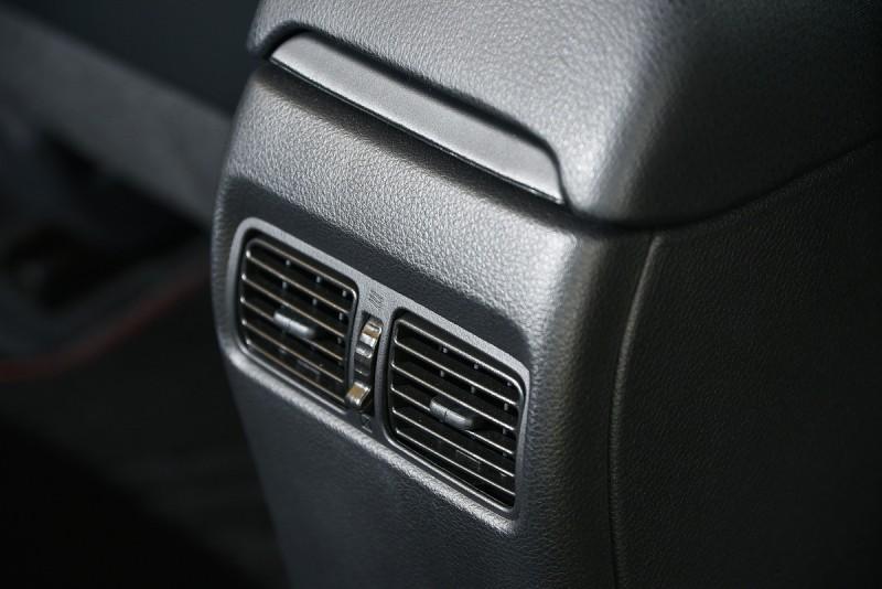 Big Tiida Turbo標配同級車中少見的後座出風口