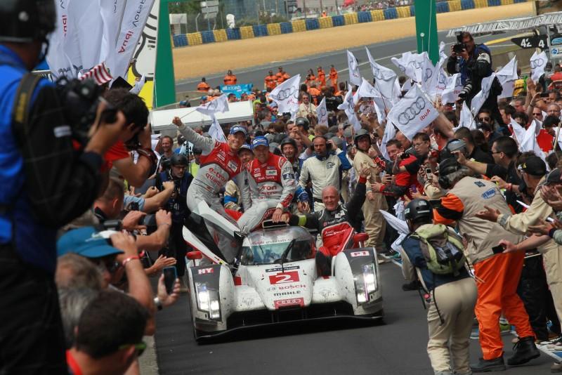 四環品牌以Audi Sport之名支持台灣在地馬拉松運動,傾力將Audi Sport所代表的不安於室的運動家血液以及不斷促使自我突破的精神傳遞給每一位跑者,鼓勵他們能跑出屬於自己的里程碑!