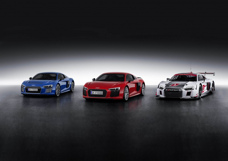 台灣奧迪將為3萬名跑者打造「臺北渣打公益馬拉松賽事專屬Audi Sport車隊」,並以旗艦超跑Audi R8領跑,展現極限體能和力與美的結合。