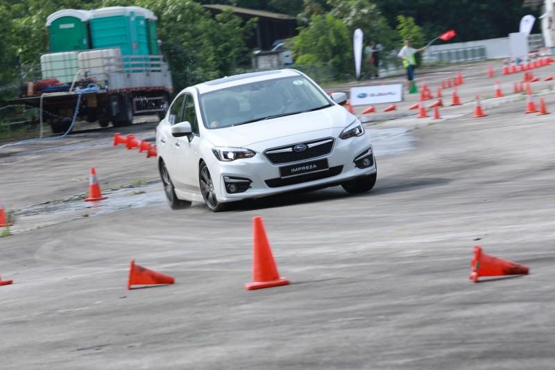 意美汽車集團特別設計一系列關卡體驗,讓現場採訪的各國媒體朋友體驗新世代All-New Impreza所帶來優異的行車舒適性、強悍的性能操控以及縝密的安全保護。