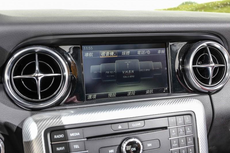 配備Audio 20音響規格,整合7吋彩色螢幕。