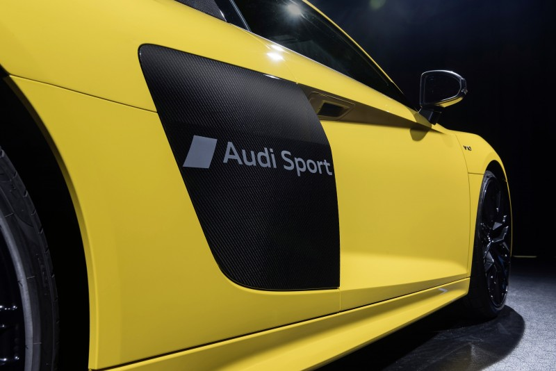 Audi局部消光噴砂技術能在漆面金油層做出浮水印效果的文字或圖案