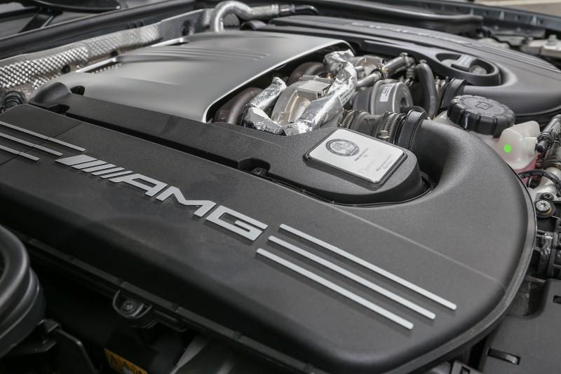 搭載的4.0升雙渦輪增壓汽油引擎,具備510hp/700Nm動能輸出。