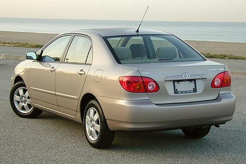 自2001年起接續國產化的Corolla Altis(如圖)、Camry與Vios,更加奠定台灣汽車市場王者地位,Altis也因此開始連續16年單一車轉銷售冠軍之路。