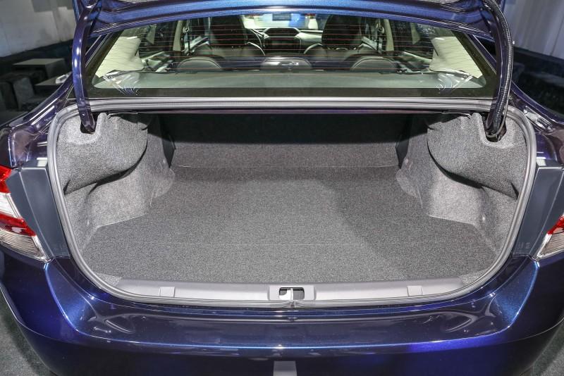 四門房車車型後廂空間展示。