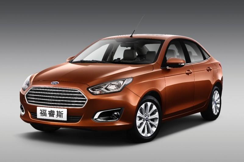 Escort最早以「福睿斯」之名於2014年北京車展現身。