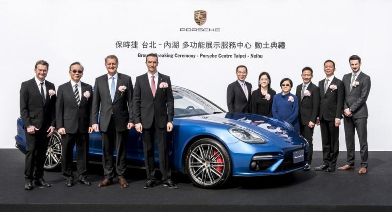 為宣示持續深耕台灣,全新Porsche台北內湖多功能展示服務中心也在稍早舉辦動土典禮。