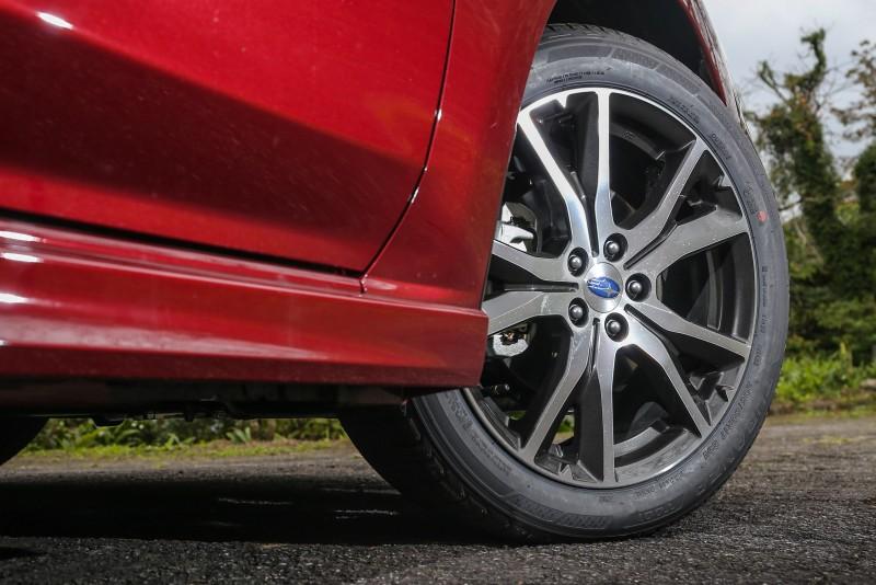 1.6i-S車型配置17吋胎圈規格。