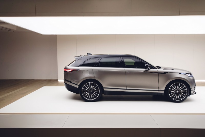 Range Rover 家族全新前衛指標 New Range Rover Velar 於倫敦設計博物館首演登場。