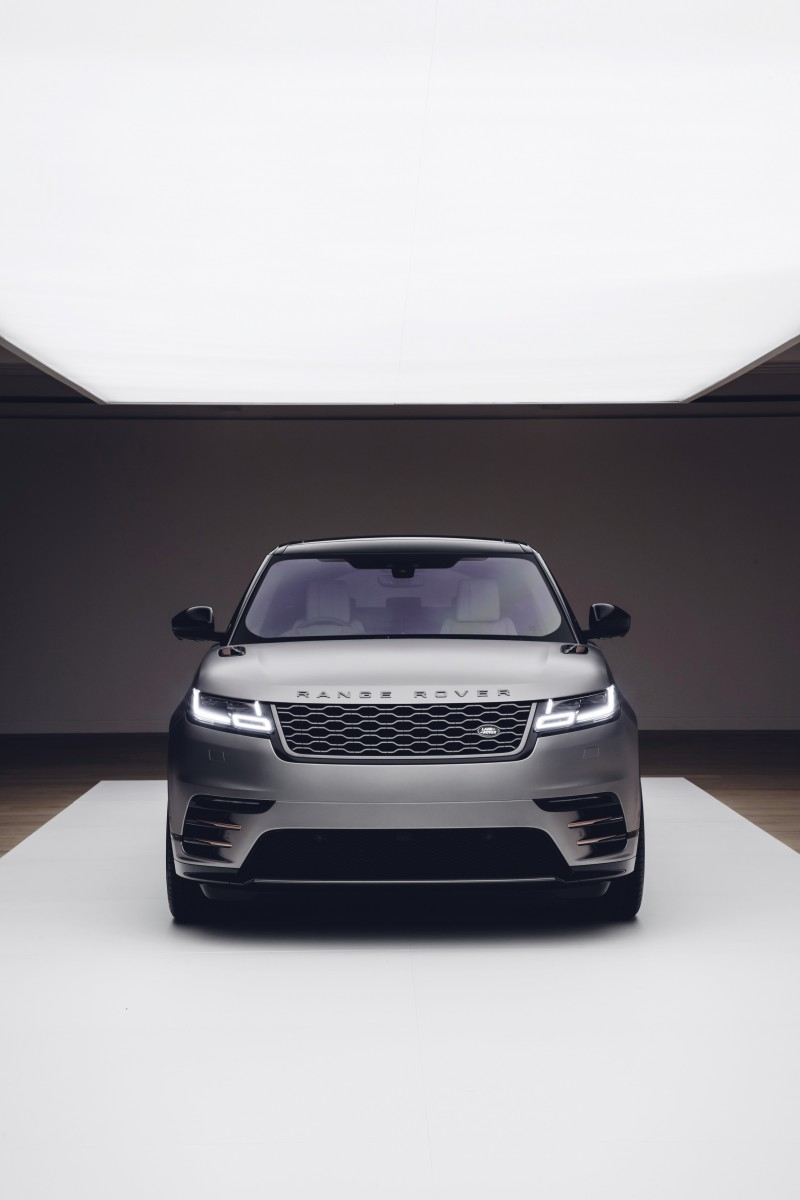 New Range Rover Velar 開創 Range Rover Evoque 與 Range Rover Sport 間嶄新級距。