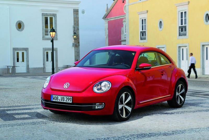 以80年經典美名  打造繽紛「春豔」,台灣福斯汽車特舉辦「Volkswagen Beetle都會漫遊」與「Volkswagen Beetle時尚春色攝影」,敬邀消費者近距離感受Beetle之美型風采。