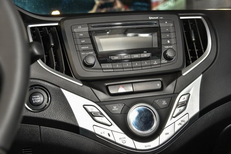 ▲車上搭載CD/MP3音響與恆溫空調。