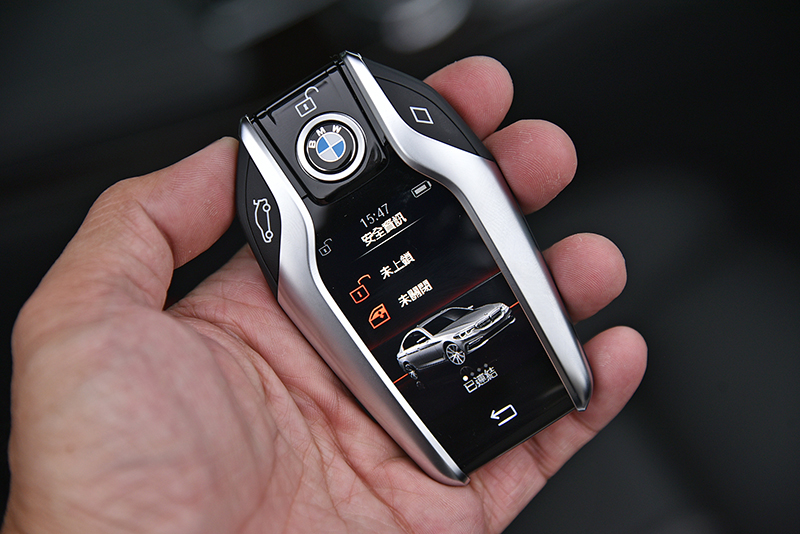智慧型鑰匙已經算是BMW的招牌了吧?