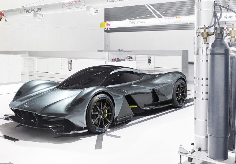 MICHELIN旗下最新世代的高性能競技輪胎Pilot Sport Cup 2,不僅深獲Aston Martin原廠研發團隊的青睞與信任,並且成為全新超跑力作Valkyrie的原廠指定用胎,使其卓越不凡的性能得以發揮到極致境界!