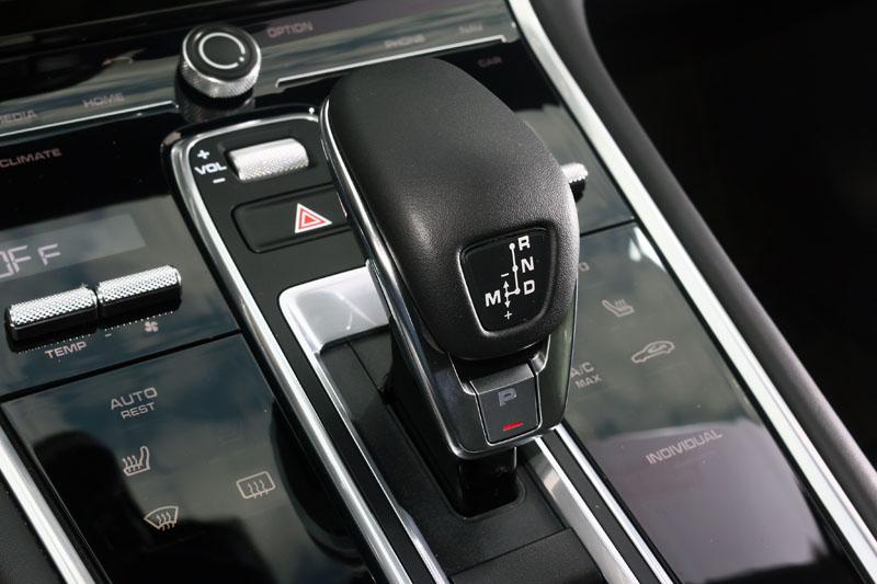 在全新Panamera上全面換上8速PDK雙離合器變速系統,動力銜接更為迅速且順暢,可將動力有效的發揮。