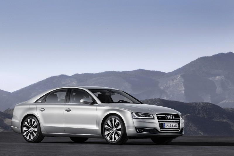 Audi A8 50 TDI quattro / 50 TFSI quattro領袖特仕版,結合總價值37萬元的頂尖配備,打造滿足層峰人士渴望的頂級首席座駕,限量各10台尊榮現身。