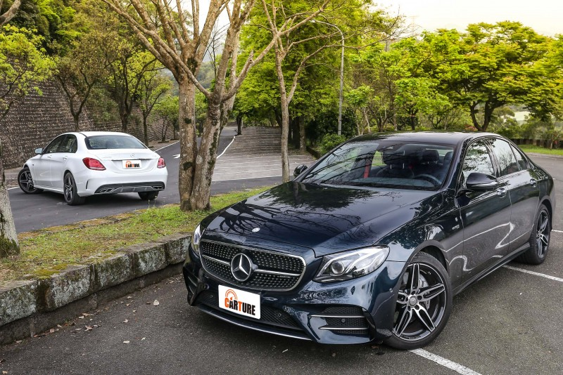 為了一探究竟Mercedes-AMG 43家族的全盤功力,這一次再次湊齊了兩主力房車車型。
