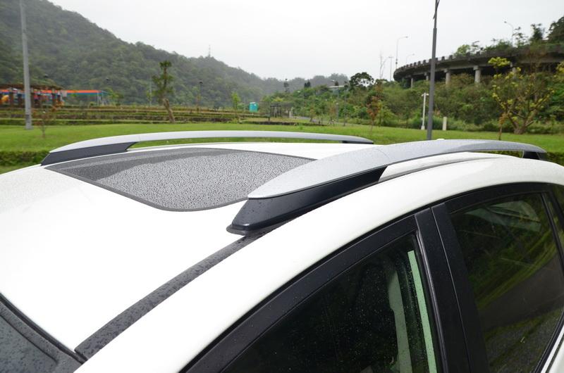 車頂架賦予外型更為運動化的形象