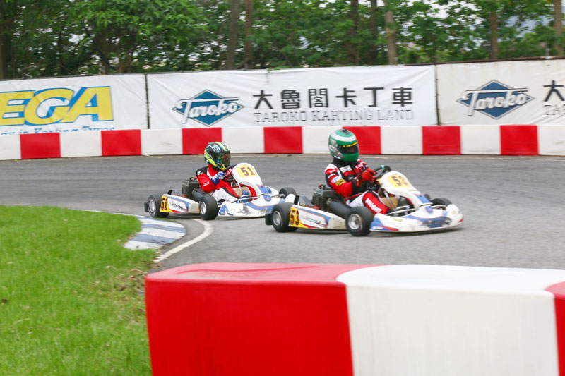本次參賽選手中,年紀最輕的李東諺〈51號車〉展現高度潛力,單圈成績可卡進前段班,加以時日,將大有可為。