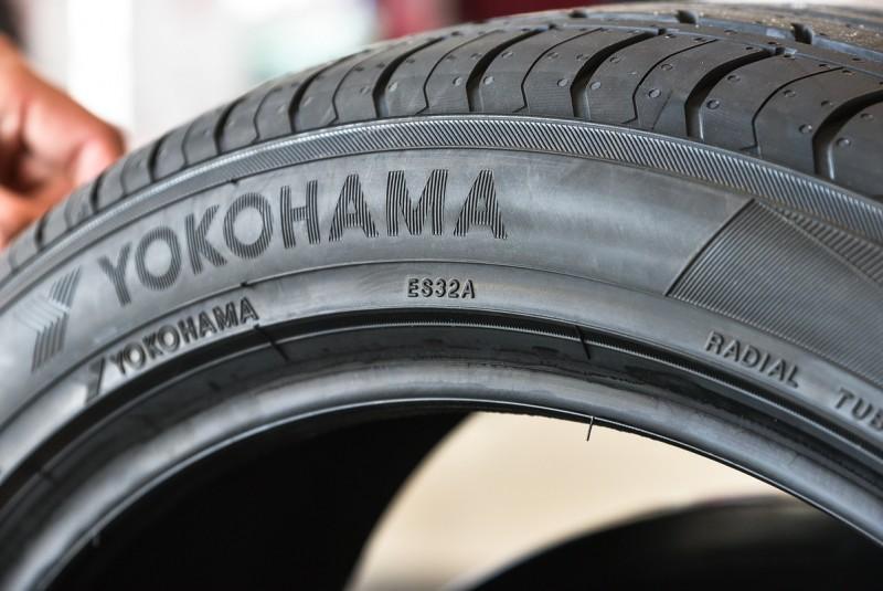 輪胎型號反而只是小小的一串數字