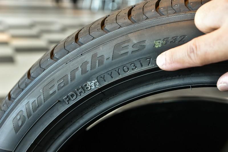 買輪胎千萬記得要看生產周期!但是不是越新鮮越好?看完文末影片你就知道!