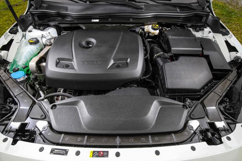 換上2.0升渦輪增壓汽油引擎,馬力表現較過往的柴油車型更佳。