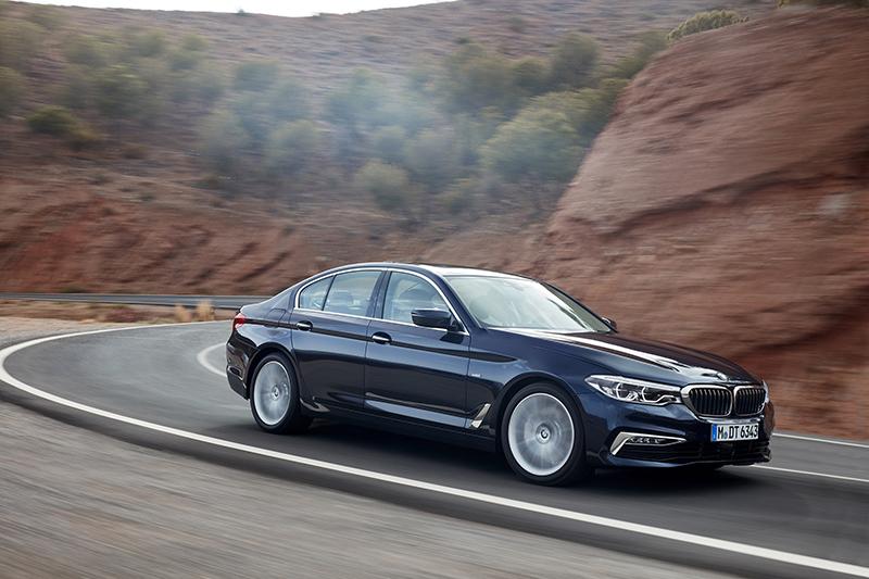全新BMW 520i搭載M款跑車化套件。