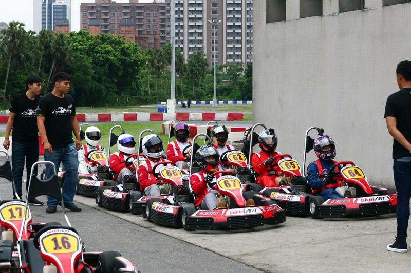 首次的Super N35體驗爭先賽共有8名選手參加。