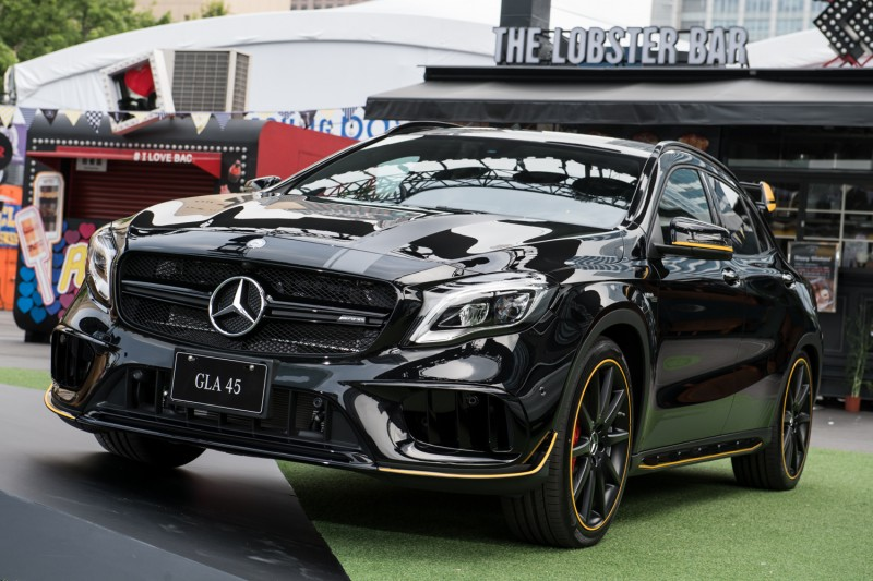 Yellow Night Edition特仕版套件將提供予 Mercedes-AMG 45車系,即日起可於AMG Performance Centre訂購。